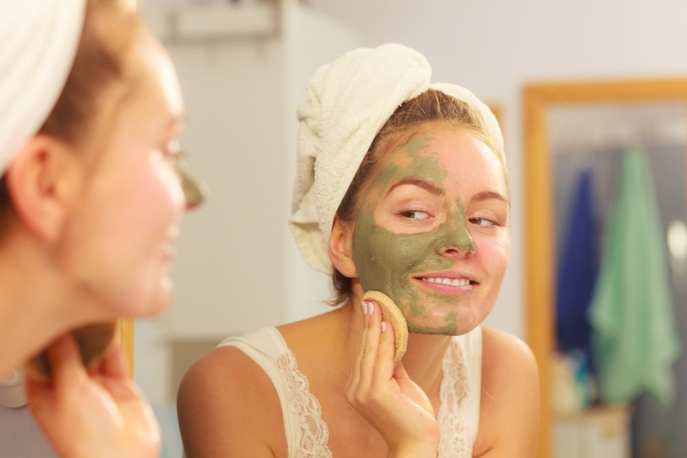 Se débarrasser de l'acné naturellement argile verte